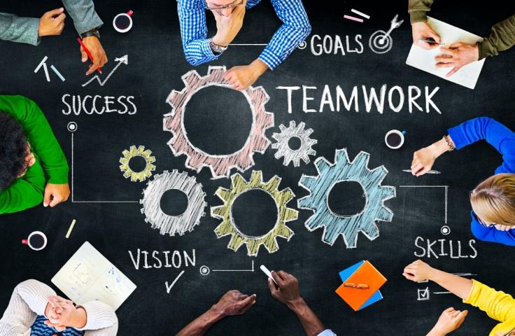 569ee459de3d20_Adopt-a-Teamwork-Mindset.jpg