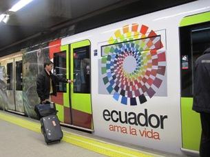 Resultado de imagen para ecuador ama la vida publicidad